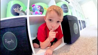 FATHER & SON PLAY HIDE AND SEEK! / Toy Room Edition