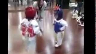 Приколы смотреть онлайн Детские бои без правил