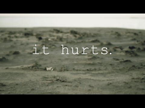 Leading Light - it hurts. (Official Lyric Video)
