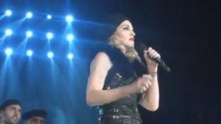 Мадонна открыла фитнес-клуб и дала концерт в Москве(, 2012-08-08T16:04:40.000Z)