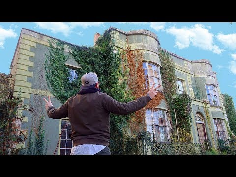 Abandoned Millionaires Mansion With Cars And Everything Stil