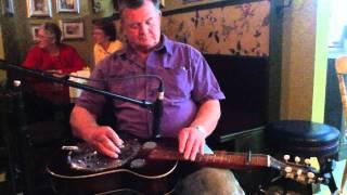 Emmett Pickin Crow Bird with Hank & George   IMG 0069