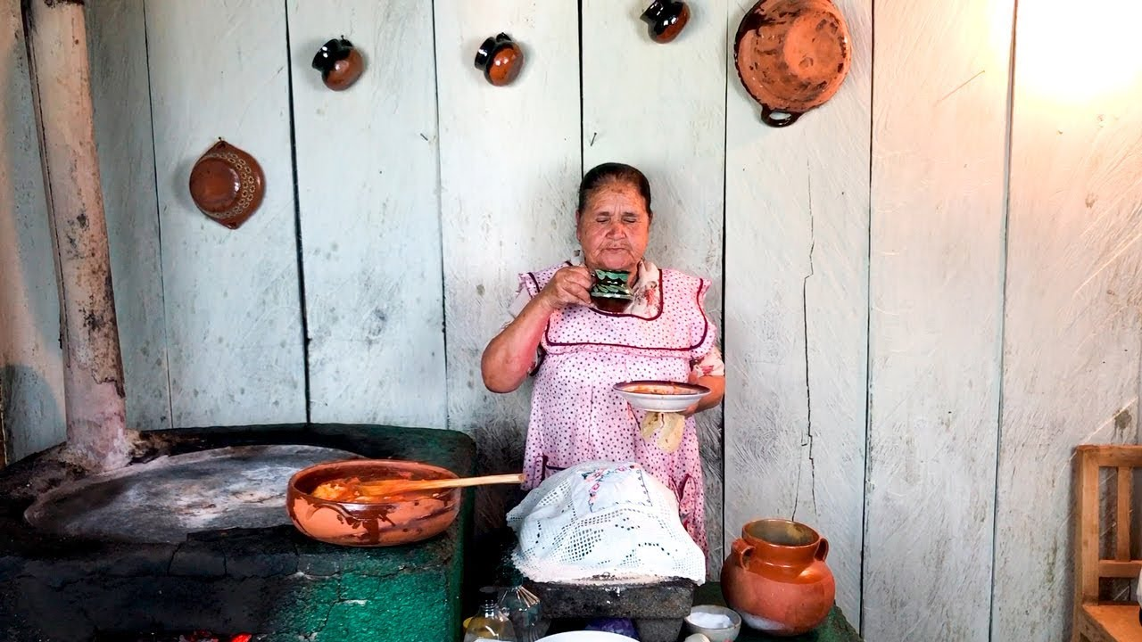 De Mi Rancho A Tu Cocina How An Abuelita Cooking On Her Wood