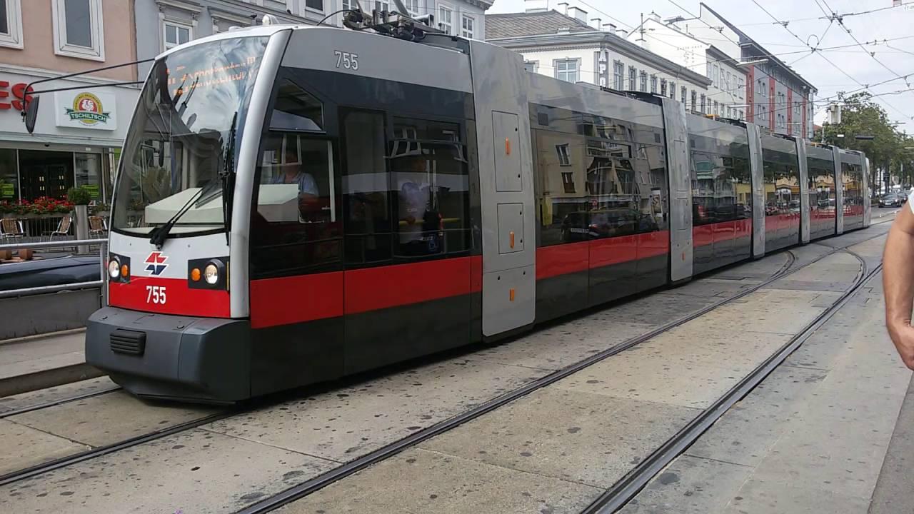 Straßenbahn Linie 43 Rosensteingasse In Wien2 Youtube