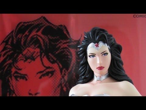 Kotobukiya ArtFX+ New 52 Justice League Wonder Woman