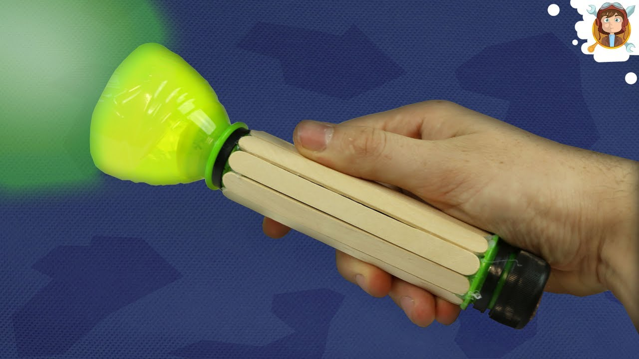 How To Make A Flashlight Using Plastic Bottles Youtube Light Bulb Simple Circuit Experiment For Elementary Students