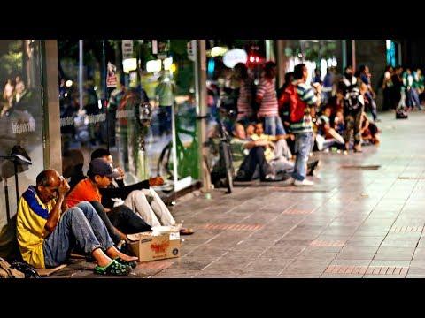 Кризис в Венесуэле: люди еле сводят концы с концами (новости)