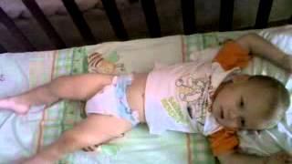 видео Судоми у немовляти