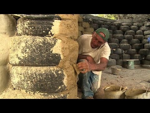 Colombian project transforms old tires into green housing