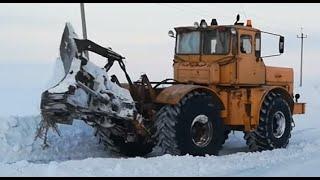 Трактор Кировец. Расчистка дорог от снега. Первый выезд.