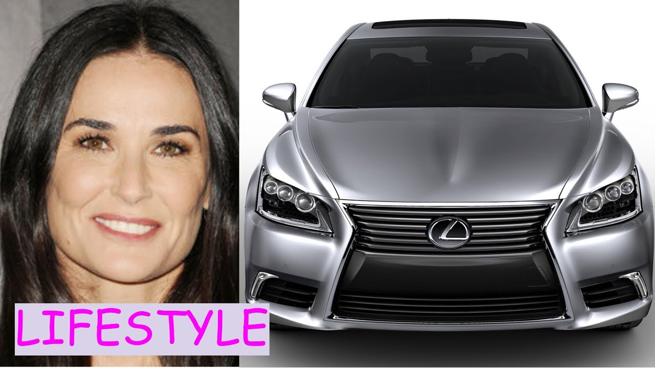 Demi Moore Lifestyle (...