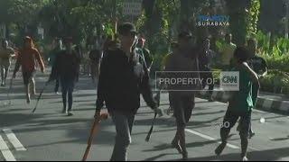 Tawuran Pemuda saat Car Free Day di Jalan Darmo