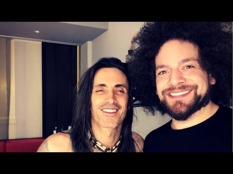 RABEA MASSAAD MEETS HIS GUITAR IDOL - NUNO BETTENCOURT | VLO