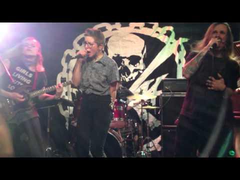 Raivoraittius – Kaikki kaduille (live at Kafé  44)