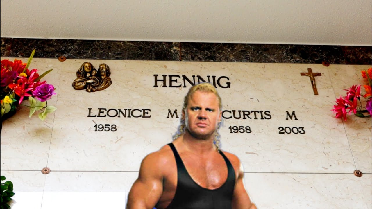 1390 MR. PERFECT, CURT HENNIG Grave | House - What
