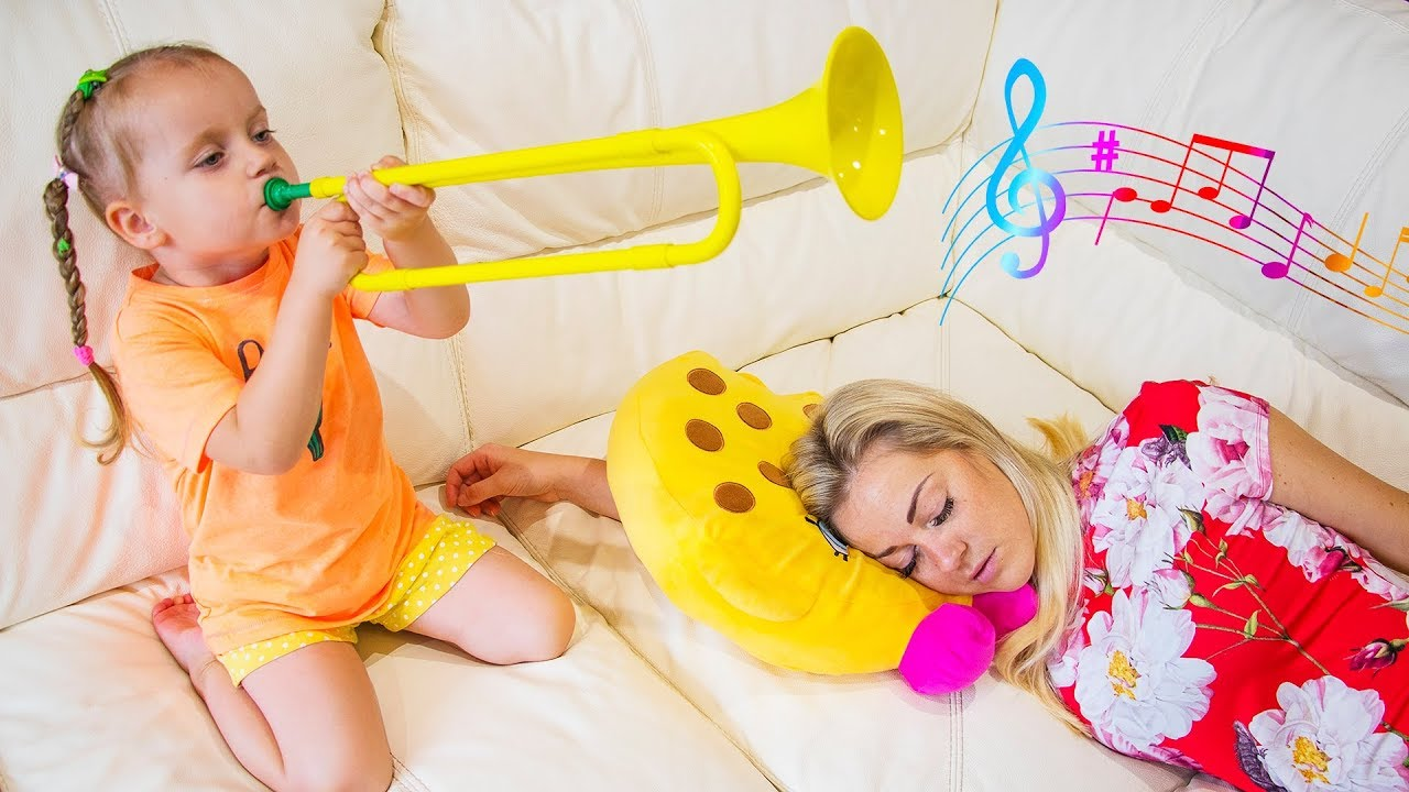 Gaby and Alex Wake Up Mom by Playing Musical Instruments