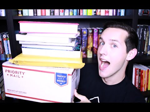 BIRTHDAY BOOK HAUL & UNBOXING!