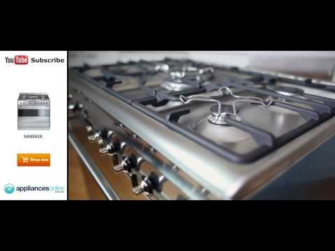 The freestanding Smeg Dual Fuel Oven/Stove SA9065X described by expert - Appliances Online