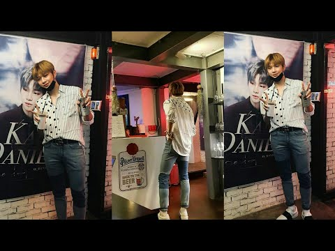 Daniel went to a cafe event created by by fans for his 1st Anniversary as Wanna One member.