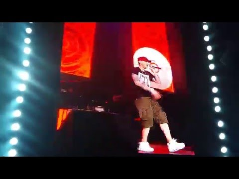 Eminem - My name is, The real slim shady & Without me live - Lollapalooza Chile