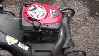 HOW TO Check or Replace a LAWNMOWER AIR FILTER. Briggs and Stratton Engine