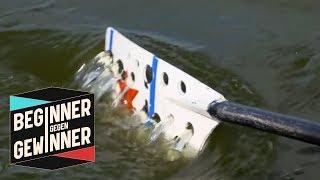 Rudern: Karl Schulze rudert mit durchlöcherten Paddeln | Beginner gegen Gewinner | ProSieben