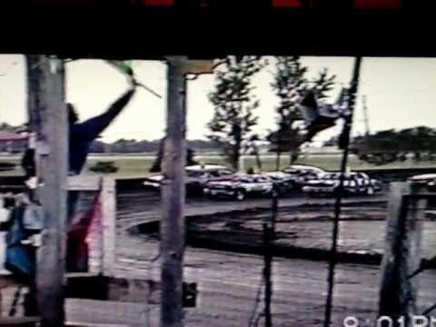 Scott Stirn at Nobles County Speedway B-52