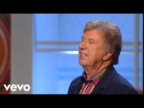 Bill & Gloria Gaither - I Love You, Lord (Live)