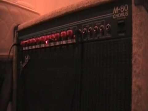 Fender M-80 Chorus demo
