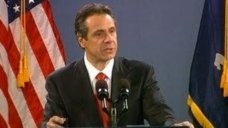 Andrew Cuomo Signs New York Gun Control Law, Obama Readies Federal Plan