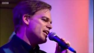 Michael C. Hall talks about Bowie and performs Lazarus on Andrew Marr Show October 2016