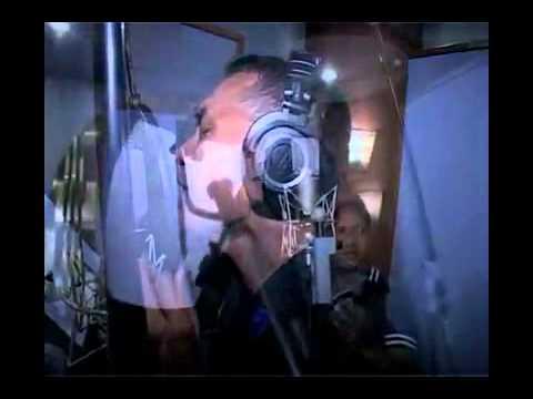 Video Clip Lagu Cinta Farhat (Aku Jatuh Cinta) - Briptu Norman Kamaru