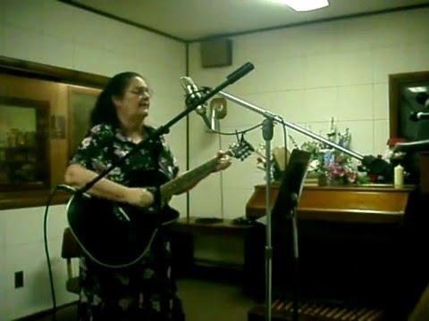 WMTC FM 99.9 Sharathon 2010 - Little Blessings - Rosalee Moore.avi