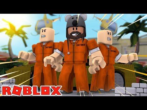 BUGATTI PARTY IN MY APARTMENT!!!!! | Jailbreak | ROBLOX