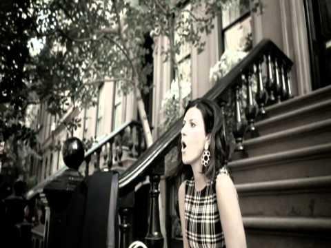 Laura Pausini - Ella No Soy