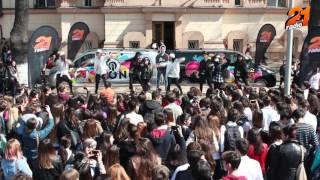 Lidia Buble feat Adrian Sina - Noi Simtim La Fel la Colegiul Național Ion Luca Caragiale