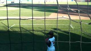 アメリカプロ野球史上初の女性投手が先発した試合の様子です。 iPhoneで...