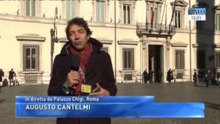Politica: Paolo Gentiloni lascia l'ospedale ed è al lavoro a Palazzo Chigi