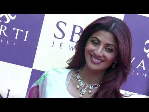 Shilpa Shetty Kundra Inaugurates 'VARTI JEWELS' Showroom