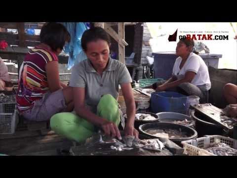 Pembuatan Ikan Asin di Pangkalan Brandan
