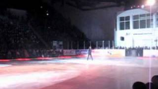 Ледовое шоу - Прыжок через Годзиллу