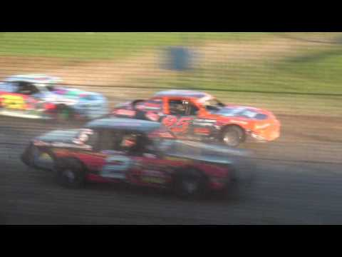Holley USRA Stock Car Heats Upper Iowa Speedway 5/28/17