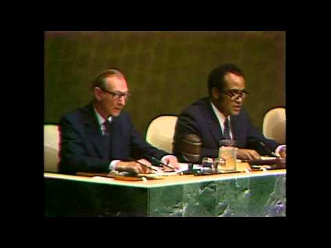 Pope John Paul II visits the United Nations