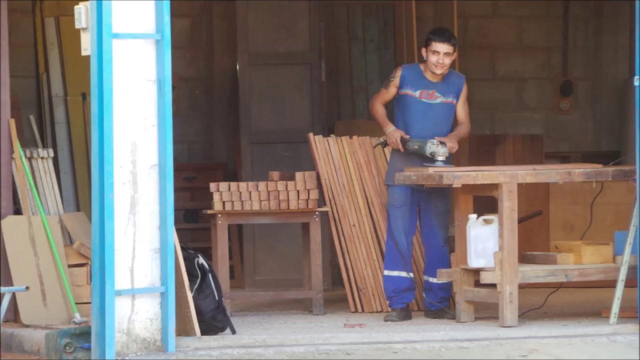 Móveis rústicos madeira de demolição marcenaria Água Viva  #935C38 1440x1080