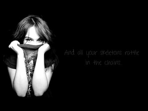 Gabrielle Aplin - Lying to the mirror