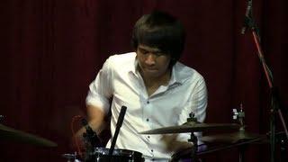 Dr and The Professor - Sedari Dulu @ Mostly Jazz 17/05/13 [HD]