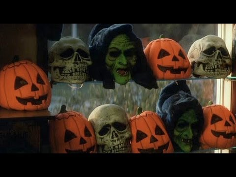8 more days to halloween silver shamrock