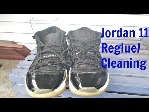 Air Jordan Space jam 11 reglue/cleaning