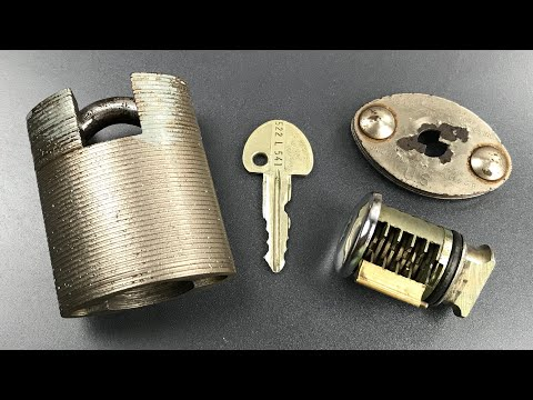 """[687] U.S. Military """"Miracle Lock"""" with Ingersoll 10-Lever Core Picked and Gutted"""
