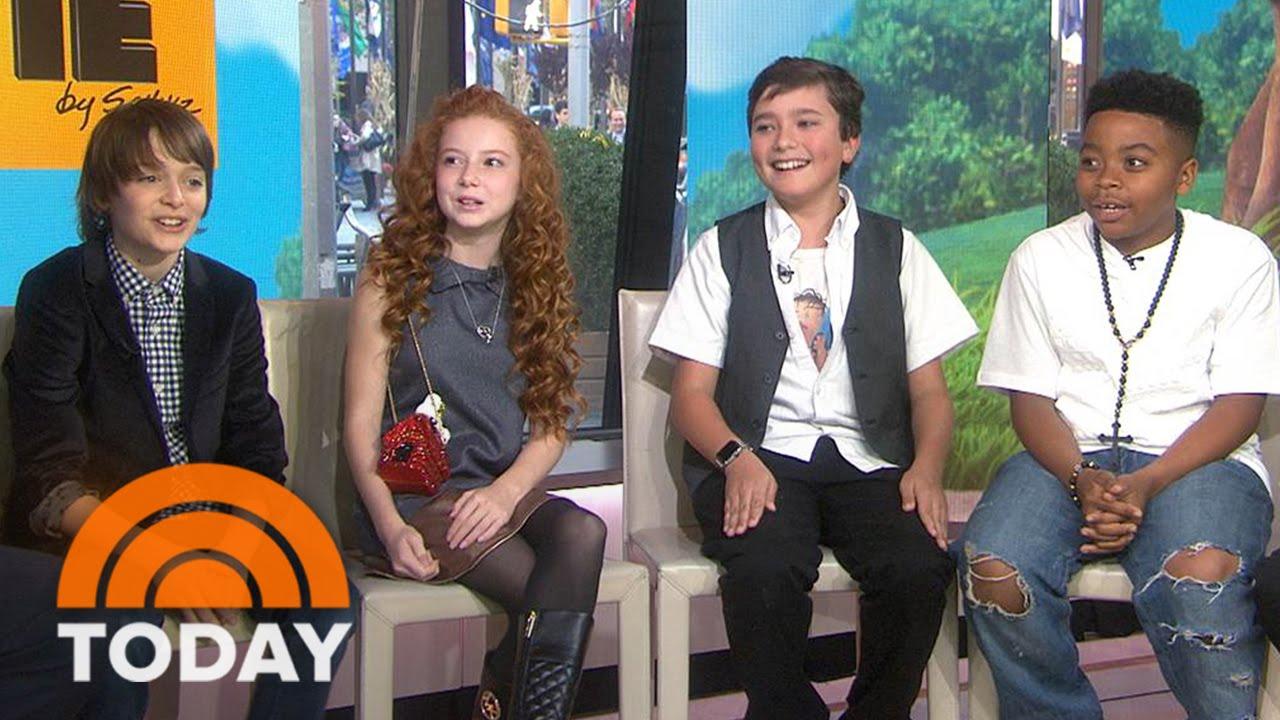peanuts movie cast says anchors halloween costumes were a little